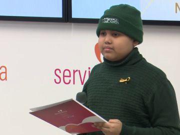 """Un niño con cáncer pide que no le pongan más barreras: """"No puedo ir al colegio, ni hacer deporte o jugar"""""""
