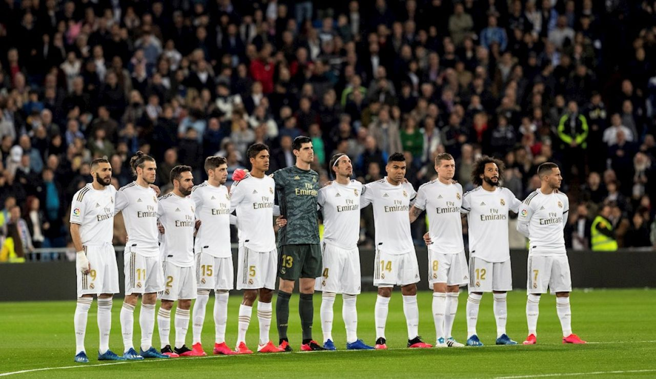 Minuto de Silencio en el Santiago Bernabéu
