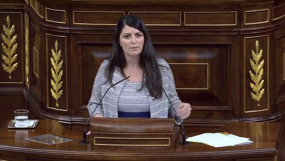 La portavoz de Vox dice que a los diputados de Bildu no hay que darles la espalda ni enseñar la nuca