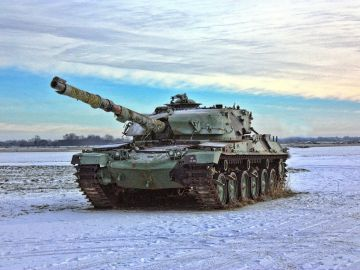 Imagen de Archivo de un tanque