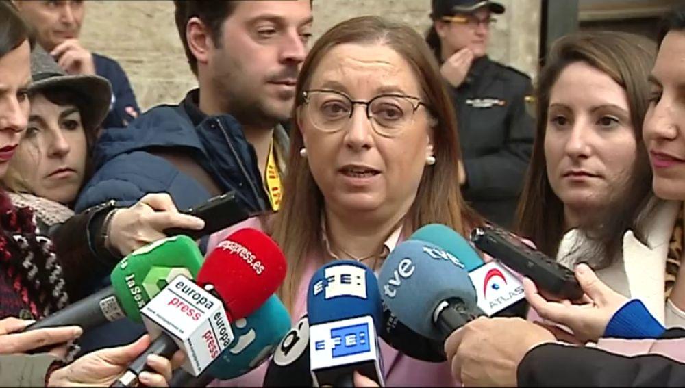"""Llanos Masó califica de """"cúmulo de despropósitos"""" la carta del gobierno valenciano contra el pin parental."""