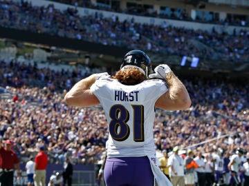 Hayden Hurst durante un partido con los Baltimore Ravens