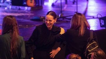 Eva González se lo pasó en grande en el concierto de su gran amiga Vanesa Martín