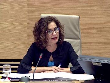 Hacienda quiere acabar con las bajadas de impuestos de las comunidades del PP