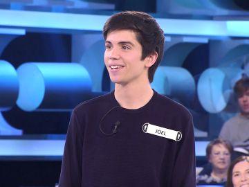Arturo Valls, atónito ante el concursante más positivo de '¡Ahora caigo!': optimista hasta con su caída