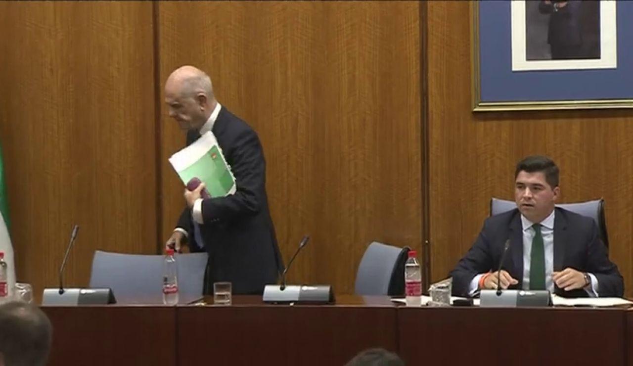 La fiscalía denuncia a Manuel Chaves por negarse a declarar en una comisión de investigación