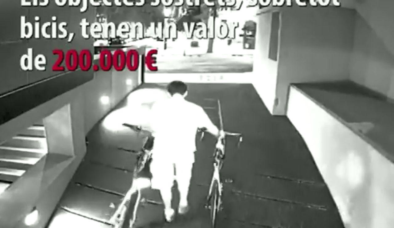 Pillado in fraganti cuando robaba trasteros en Barcelona