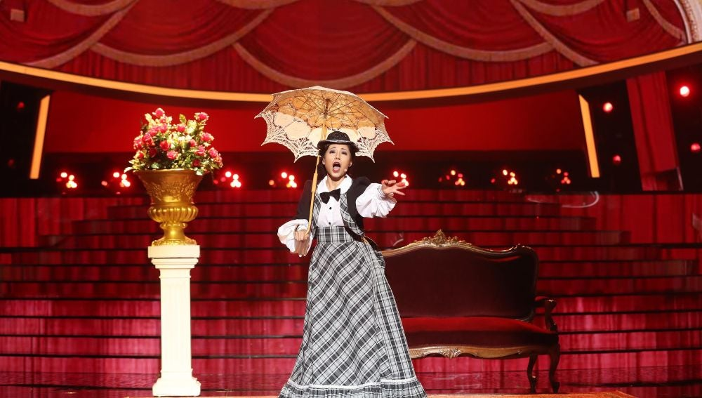 Usun Yoon está 'A la lima y al limón' como Concha Piquer