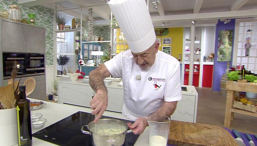 El punto perfecto de Karlos Arguiñano para hacer una salsa bechamel casera