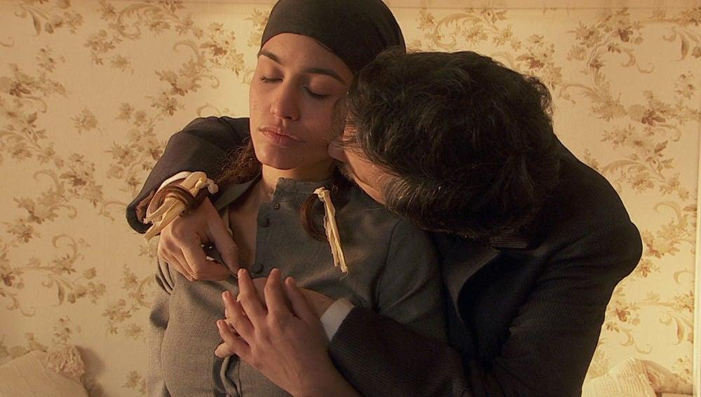 La pasión estalla entre Pepa y su amo en 'El secreto de Puente Viejo'