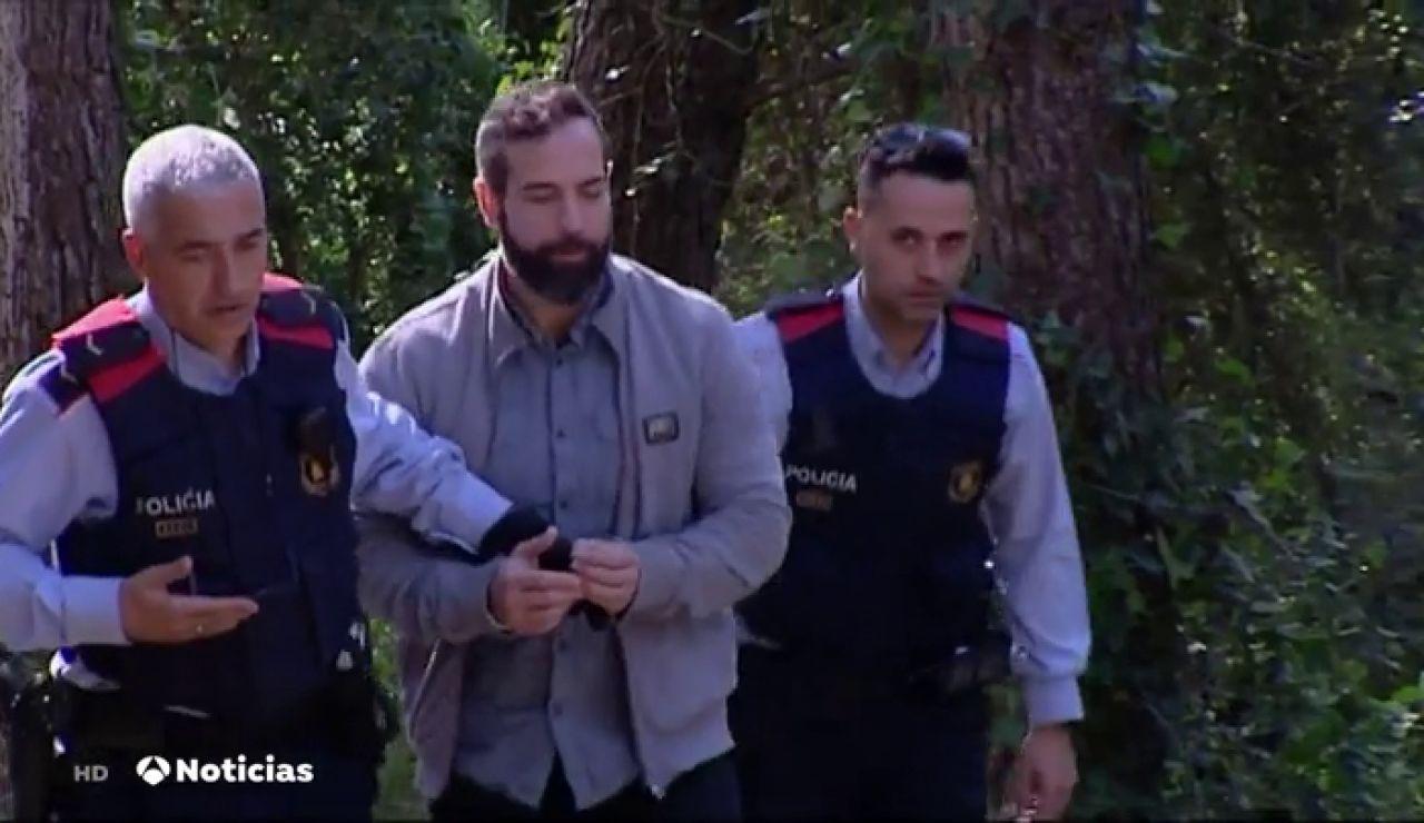 El juraro y los acusados del caso del asesinato de un guardia urbano visitan los lugares del crimen