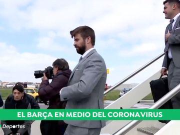 Los jugadores del Barcelona, sometidos a un control de temperatura antes de aterrizar en Nápoles