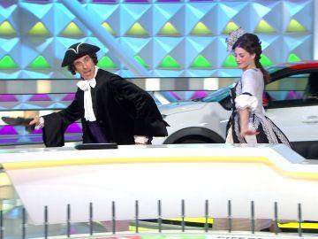 El divertido baile de Jorge Fernández y Laura Moure para celebrar el carnaval