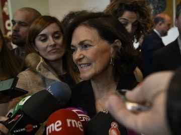 Carmen Calvo atendiendo a los medios de comunicación en Ciudad Real