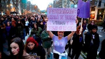 Cartel 8-M en Barcelona
