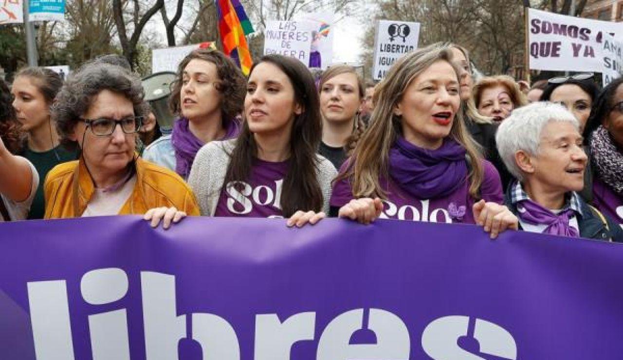 PSOE y Podemos muestran unidad en la manifestación del 8 de marzo ...