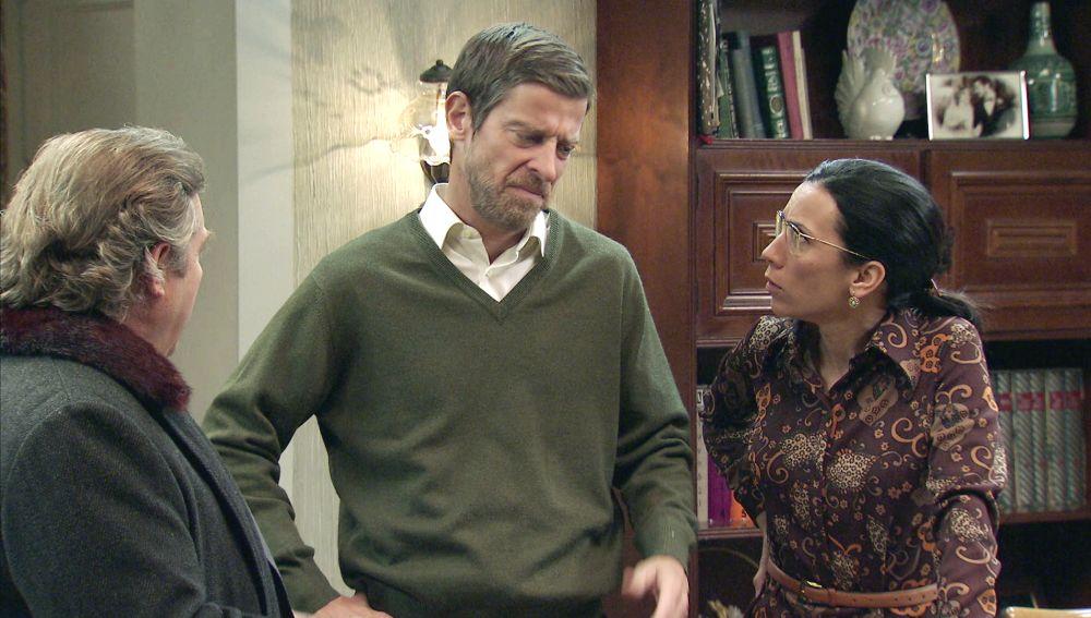 Manolita, enfadada  con Marcelino tras enterarse de la amenaza que le hizo a Sebas