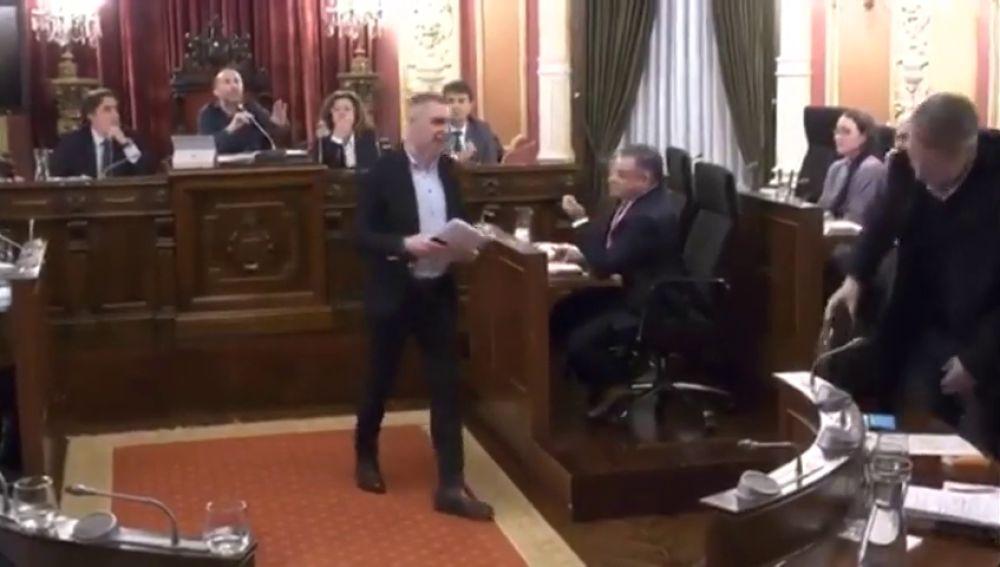 "El alcalde Ourense aspira a que se cuenten sobre él chistes como ""los de Lepe"""
