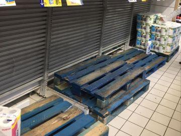 La zona del papel higiénico en un supermercado