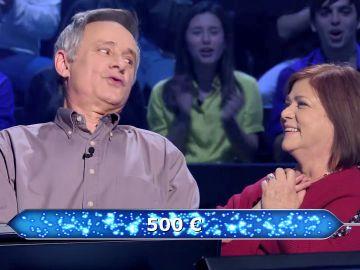 La mujer de Javier Ajo le canta, literalmente, la respuesta en '¿Quién quiere ser millonario?'