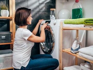 Poniendo la lavadora