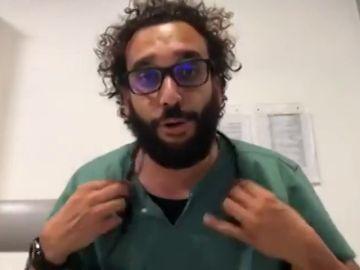 El mensaje explícito de un médico que trata de conectar con los jóvenes para que se queden en casa por el coronavirus