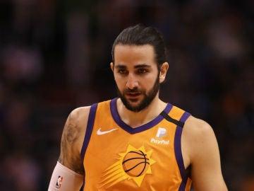 Ricky Rubio, con los Suns
