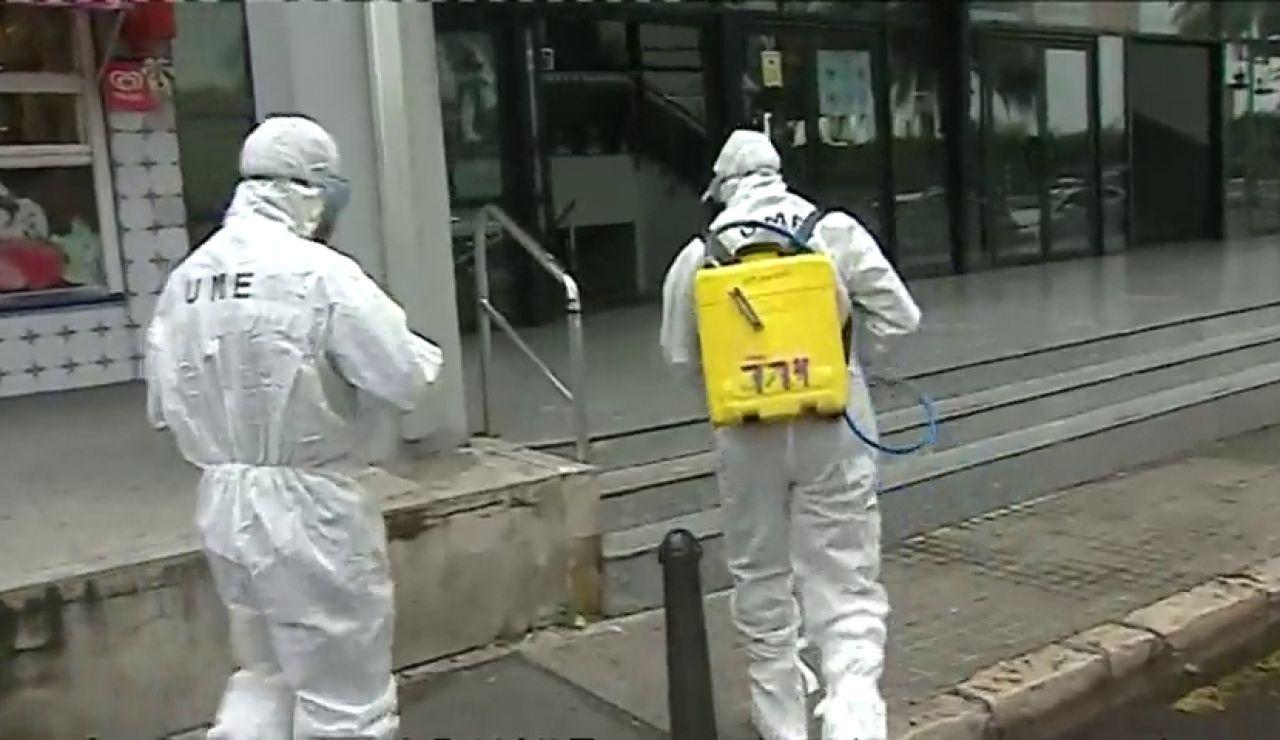 Así trabaja la UME en Valencia en las labores de desinfección contra el coronavirus
