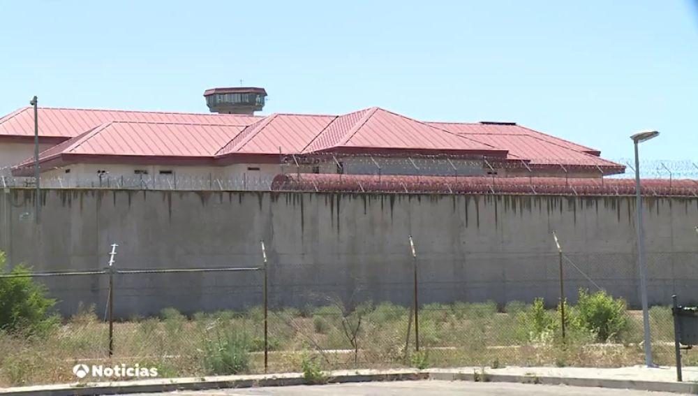 Los funcionarios de prisiones piden más protección y material frente al COVID-19