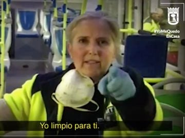 Trabajadora de la EMT