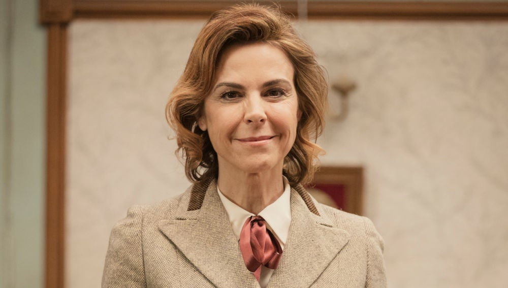 Blanca Oteyza es Doña Begoña
