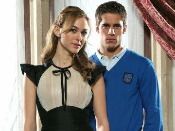Marta Hazas y Martiño Rivas en 'El Internado'