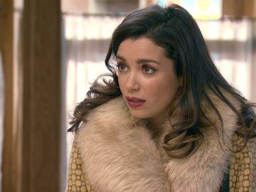 Amelia, descolocada con el extraño comportamiento de Luisita y Marcelino