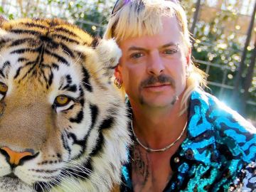 Joe Exotic, protagonista de la miniserie documental 'Tiger King', en una imagen promocional