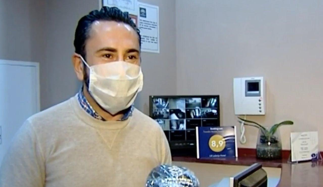 Un hotel cuelga el cartel de completo en pleno confinamiento por el coronavirus