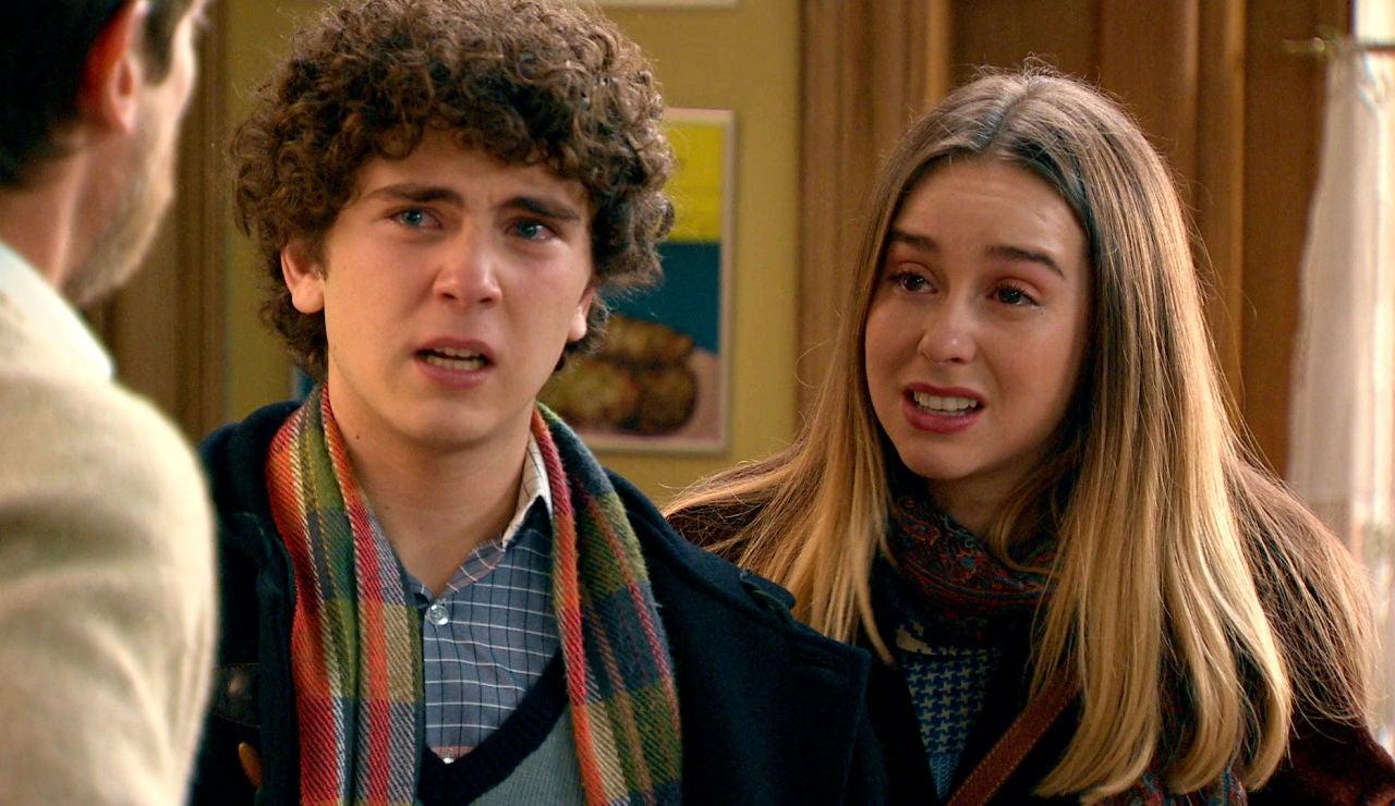 Luisita y Manolín,se presentan aterrados en 'El Asturiano'