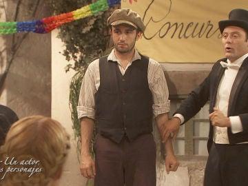Onésimo y Fidel, los dos personajes que ha interpretado José Gabriel en Puente Viejo