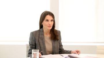 La reina Letizia preparada para una nueva jornada de teletrabajo