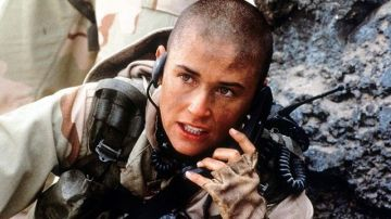 Demi Moore en 'La teniente O'Neil'