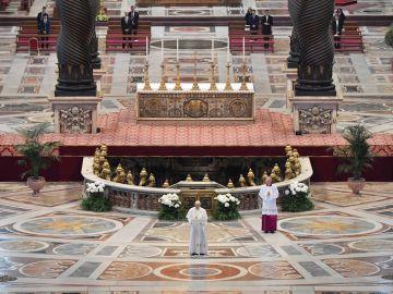 El Papa Francisco durante la misa del Día de la Resurrección