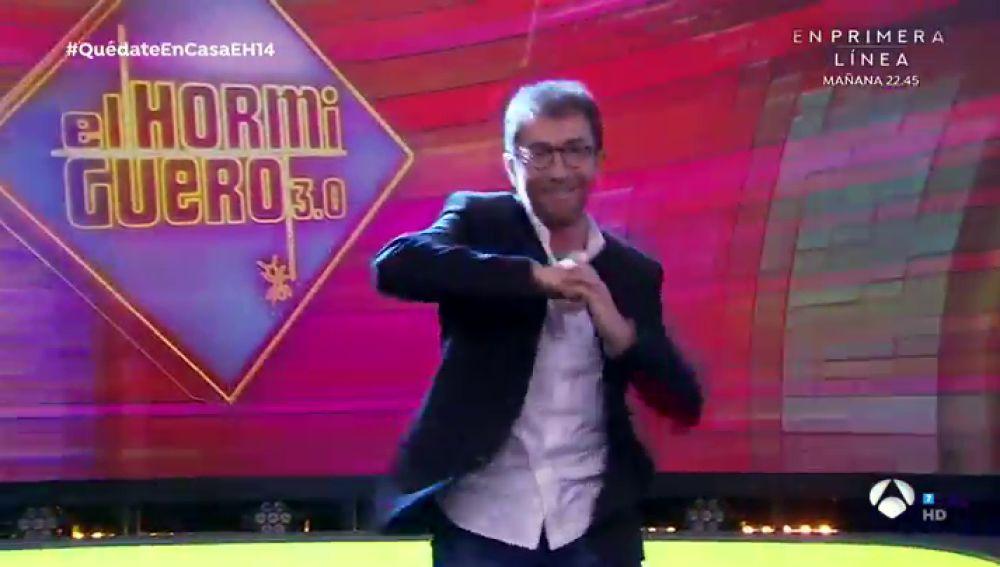 El simpático baile de Pablo Motos al ritmo de la canción que Leonardo Dantés ha hecho para él