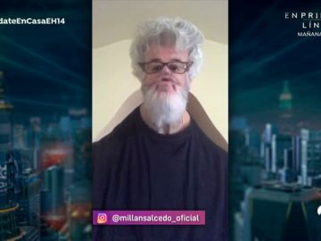 Millán Salcedo se transforma en un loco Pedro Almodóvar durante la cuarentena