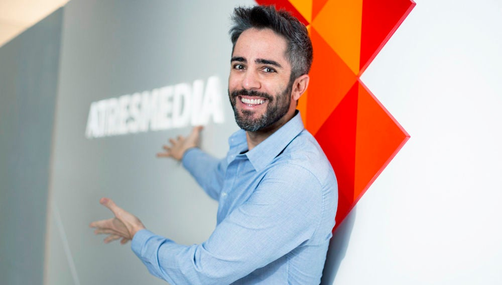 """Roberto Leal, tras su confirmación como presentador de 'Pasapalabra': """"Vuelvo a un lugar donde fui muy feliz"""""""
