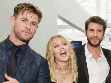 Chris Hemsworth, Miley Cyrus y Liam Hemsworth