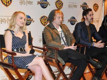 Evanna Lynch junto a Rupert Grint y Matthew Lewis