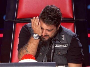 Antonio Orozco rompe a llorar durante un live con un seguidor en la cuarentena