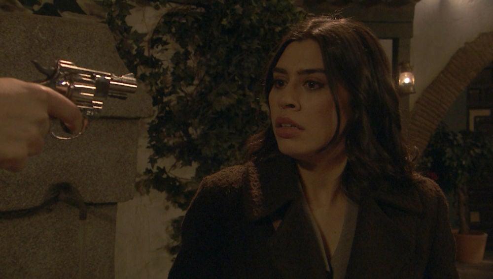 'El secreto de Puente Viejo': El peligro acecha a Alicia en la oscuridad de la noche