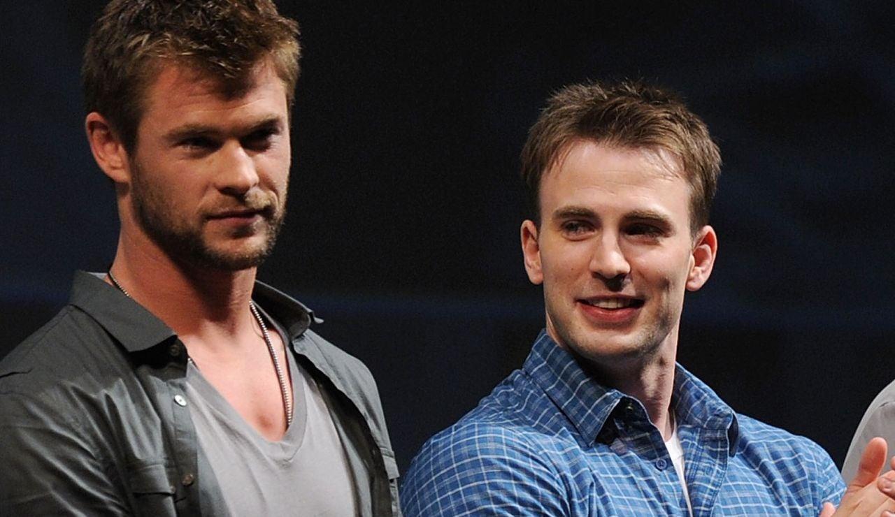 Chris Hemsworth y Chris Evans, Thor y Capitán América en Marvel