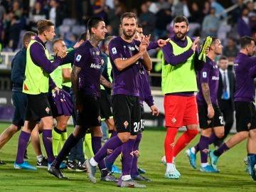 Los jugadores de la Fiorentina, tras un partido