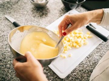 Preparando un bizcocho